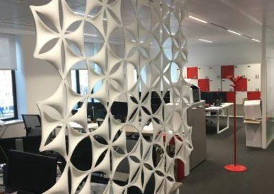 Open space : du mobilier moderne aux couleurs d'Apicil