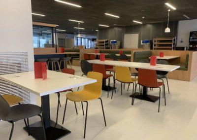 Salle restaurant : des couleurs pour une touche de dynamisme